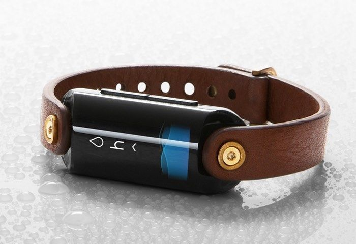 Hydration-Tracking Wearables