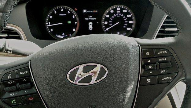 Hybrid Smartphone Cars