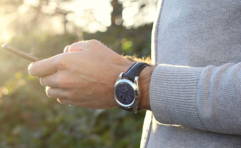 Air-Analyzing Smartwatches