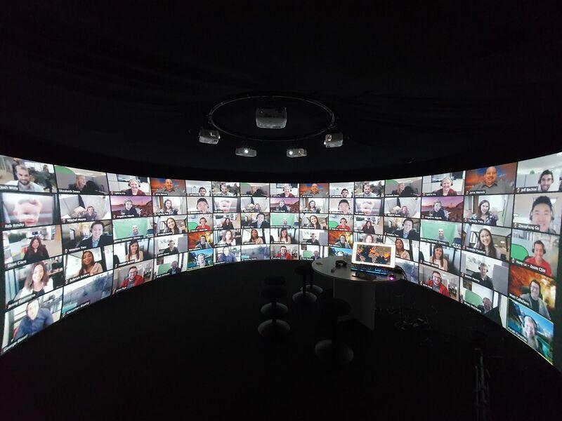 VR-Enhanced Virtual Events
