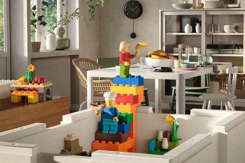 Collaboration Retailer Toy Sets