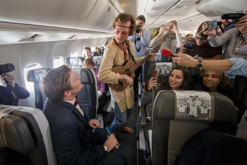 Immersive In-Flight Performances
