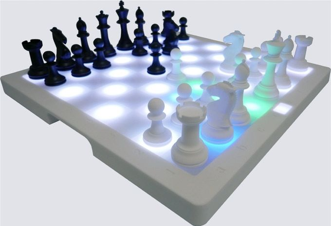 Gameplay-Improving Digital Chess Boards