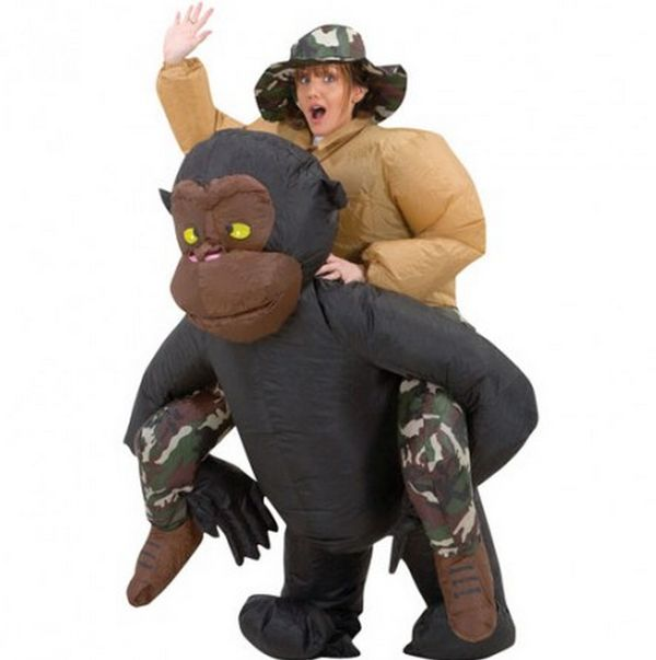 Monkey-Carrying Damsel Costumes