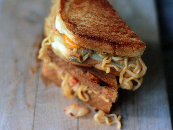 Instant Noodle Sandwiches