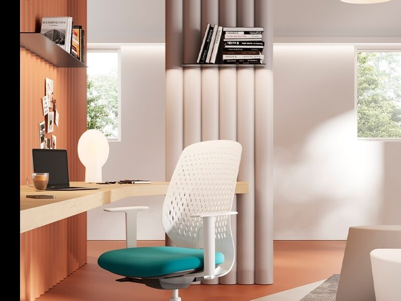 Fluidly Designed Office Chairs