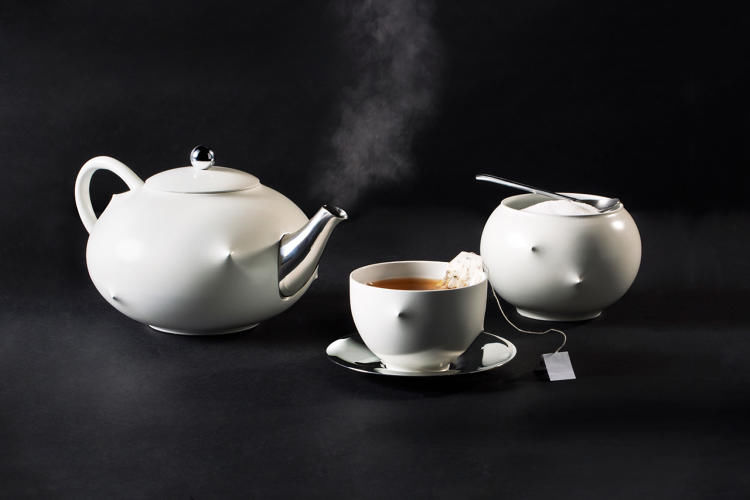 Body Responsive Tea Sets