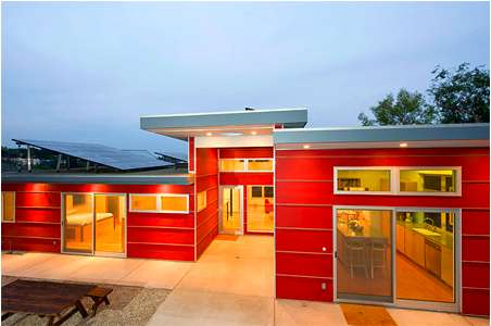 Lovable Barn-Red Abodes
