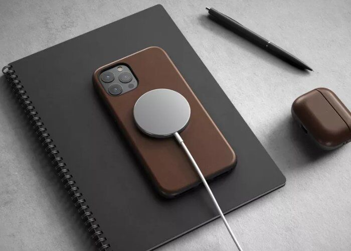 Magnetic Charging Smartphone Cases