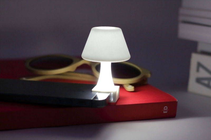 Tiny Smartphone Lamps