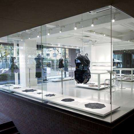 Glassy Couture Boutiques