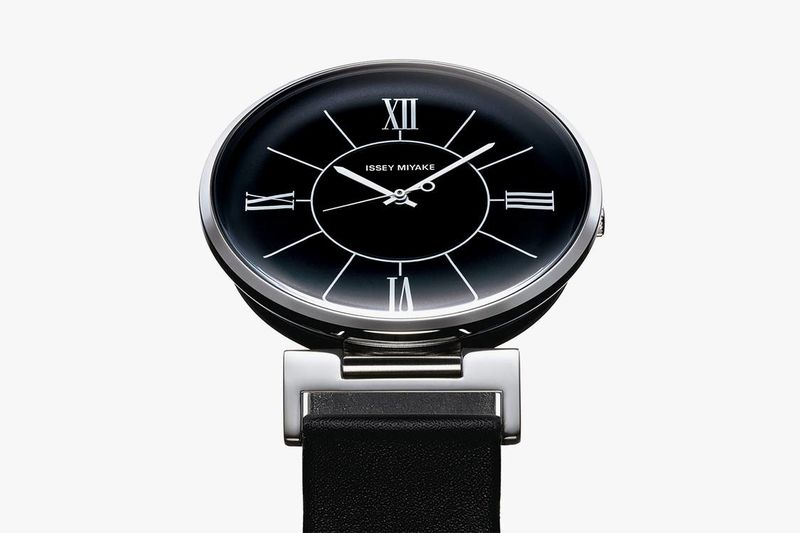 Minimal Ultra-Luxurious Watch Designs
