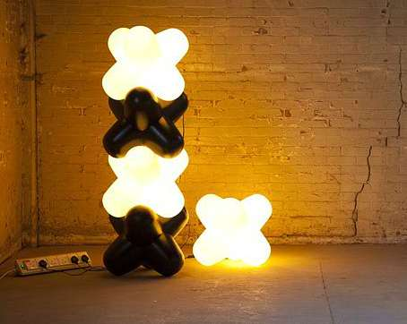 Crisscrossed Stacking Lamps