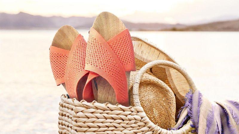 Eco-Friendly Sandal Clogs