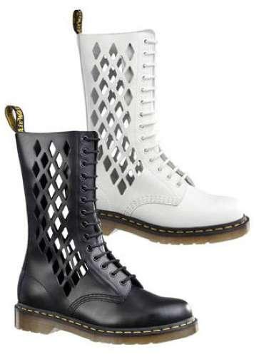 Diamond Cut Boots
