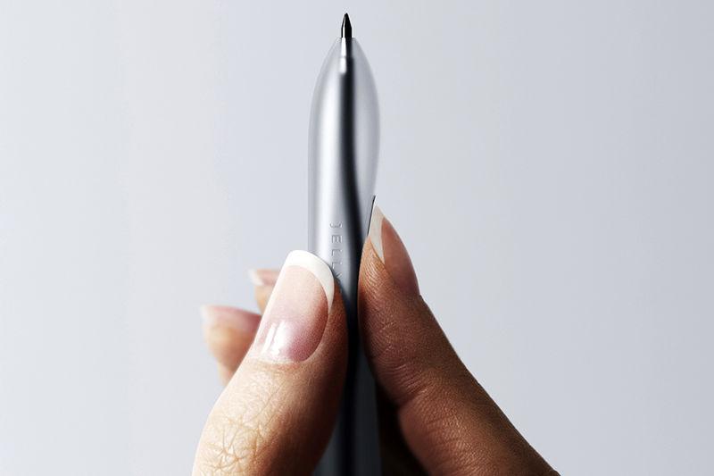 Aquatic Creature-Inspired Pens