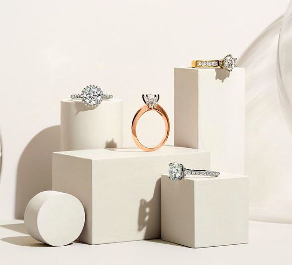 Festive Diamond Jewelry Pop-Ups