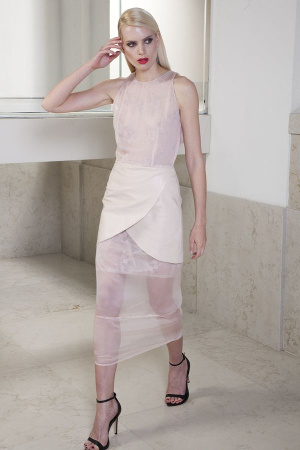 Glam Gauze-Inspired Fashions
