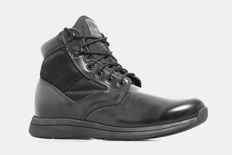 Diamond-Strength Hiking Boots