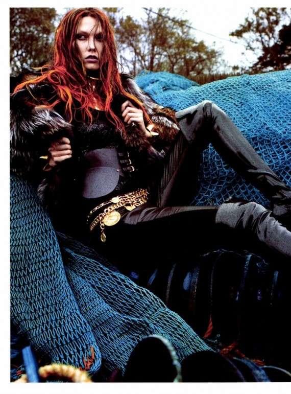 Grunge-Inspired Glamor Shots