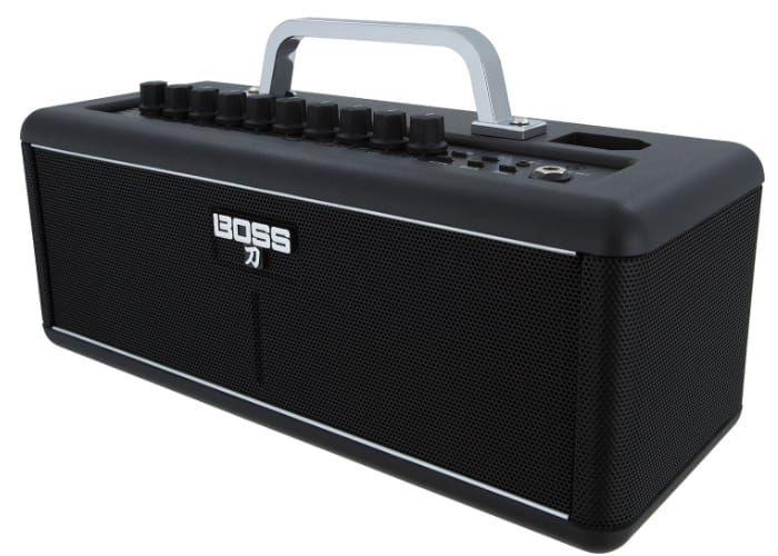 Compact Wireless Guitar Amps