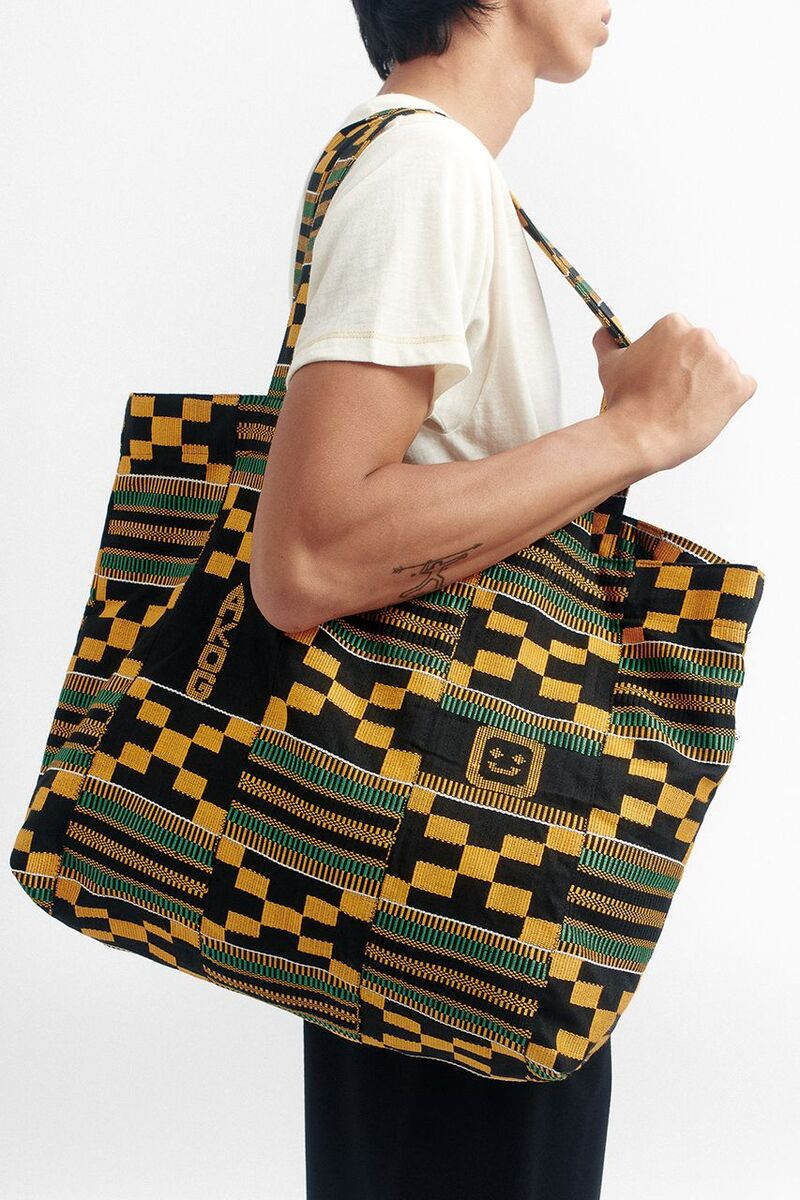 Kente Craftsmanship-Celebrating Bags