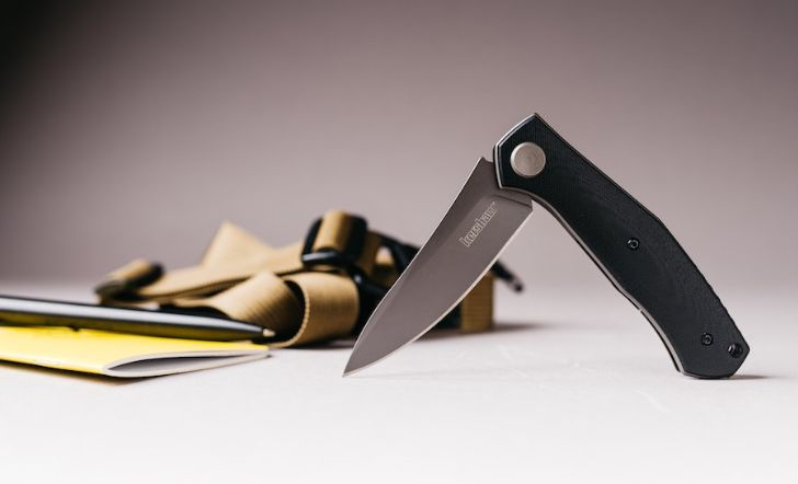 Understated Pocket Knives