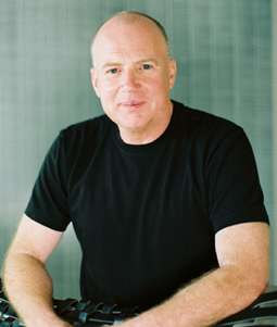 Kevin Roberts, CEO of Saatchi & Saatchi, Author of Lovemarks (INTERVIEW)
