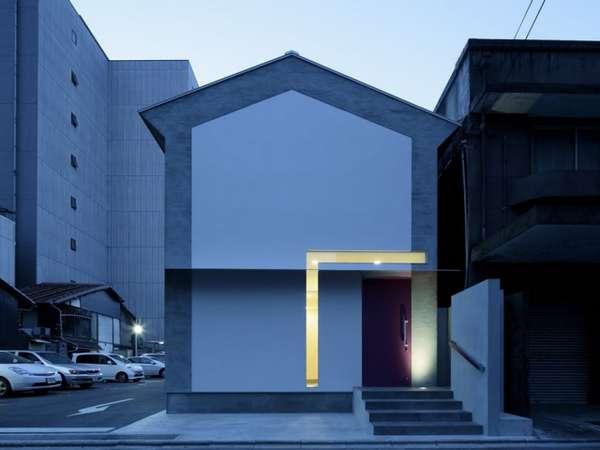 Linear Lit Structures
