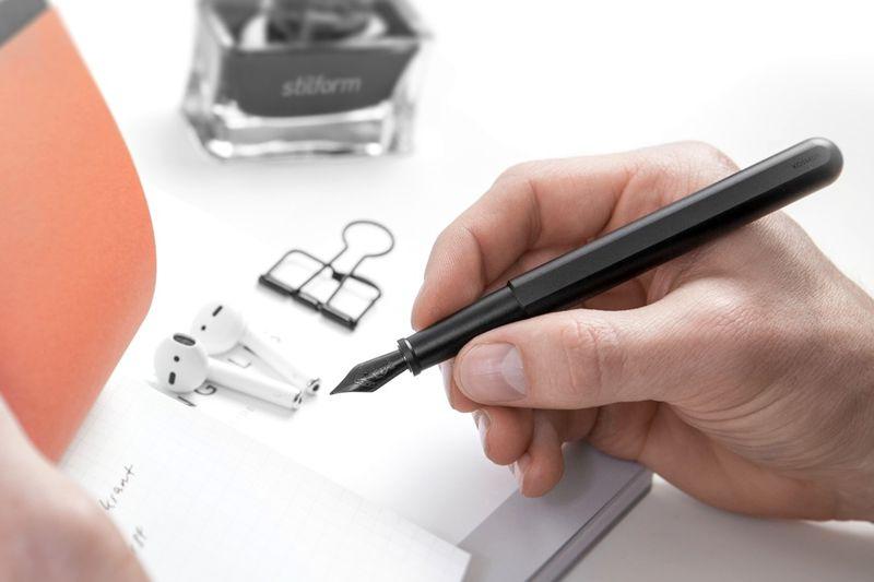 Modernized Metallic Fountain Pens