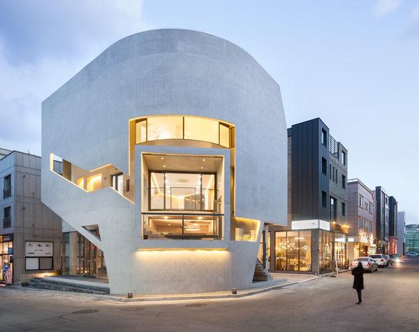 Curved Corner Architecture
