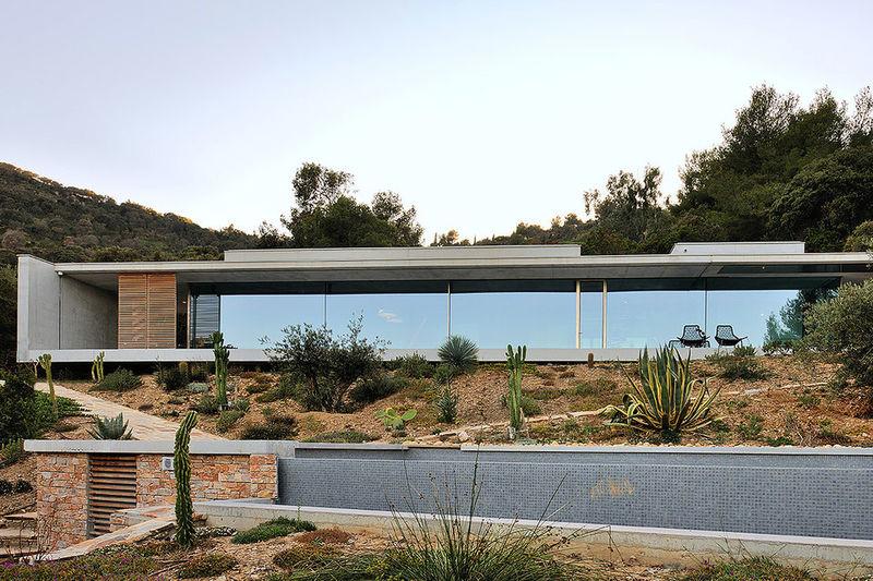 Raw Concrete Modern Homes