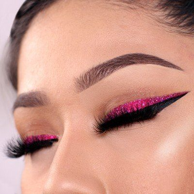 Smudge-Proof Glitter Eyeliners