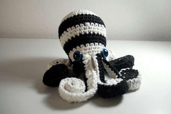 DIY Squid Crochets