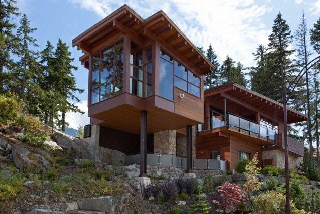 Magnificent Mountainside Mansions Lakecrest Residence