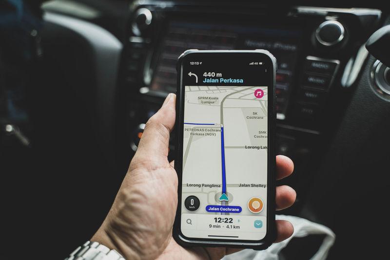 Lane Assisting Navigation Apps