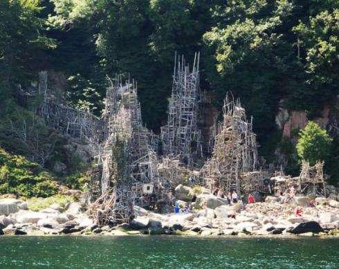 Scrap Wood Castles