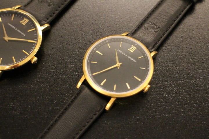 Stylish Smart Hybrid Timepieces