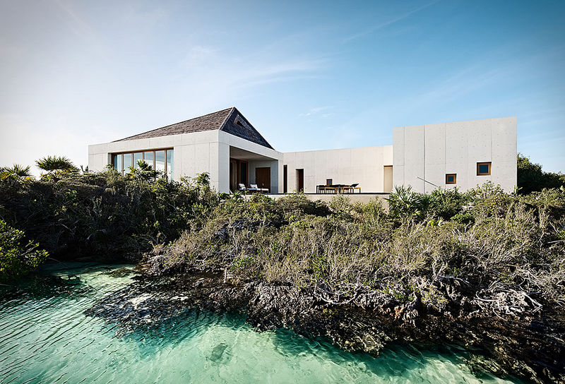 Dazzling Luxe Holiday Houses