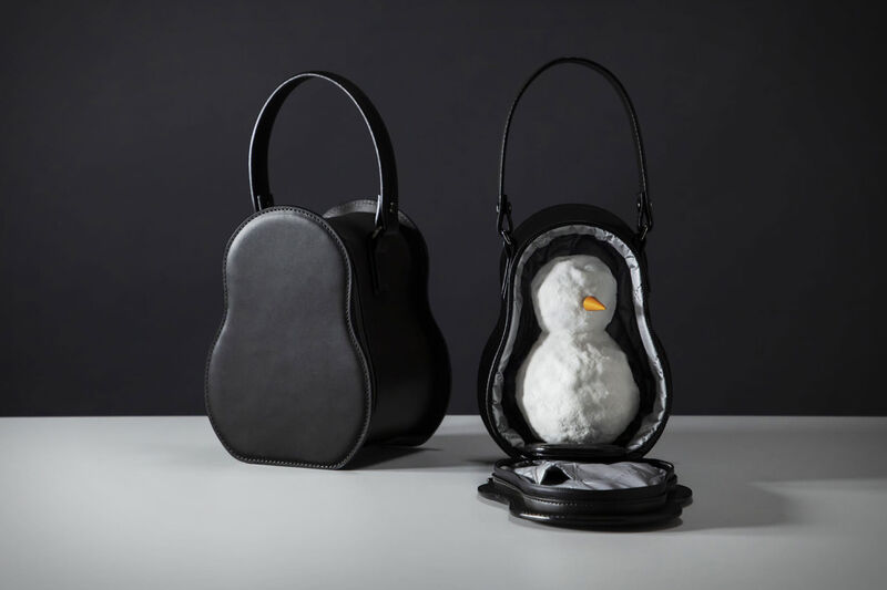 Chic Snowman-Carrying Bags