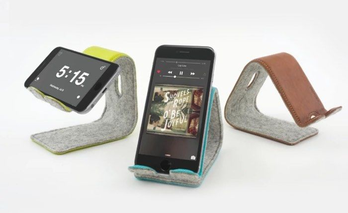 Bendable Leather Device Docks