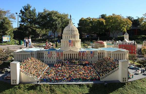 LEGO Inauguration Displays