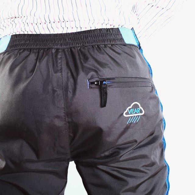 Pant-Protecting Jackets