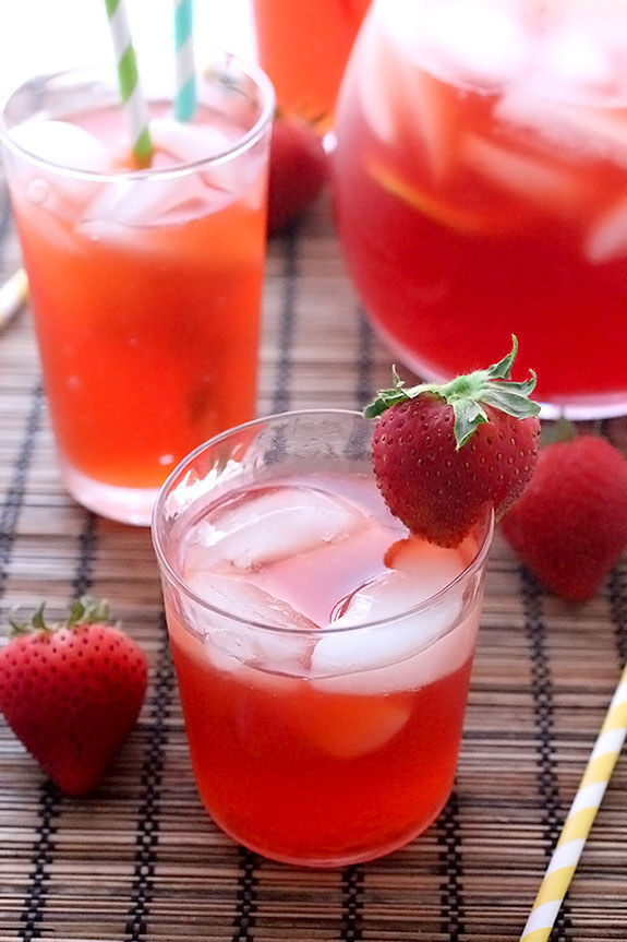 Sparkling Strawberry Teas