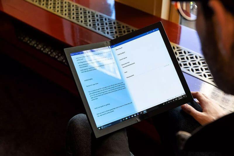 Notepad-Sized Foldable PCs