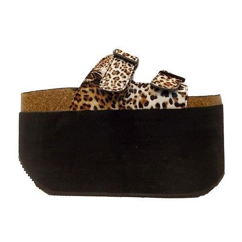 Sky-High Platform Sandals : leopard