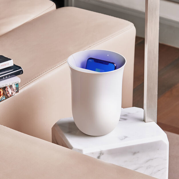 Qi-Enabled UV Smartphone Sanitizers