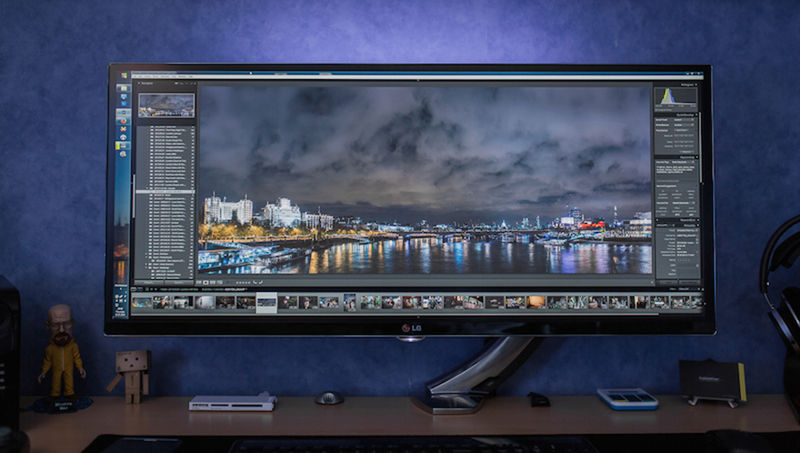 Monstrously Massive Monitors Lg Monitor