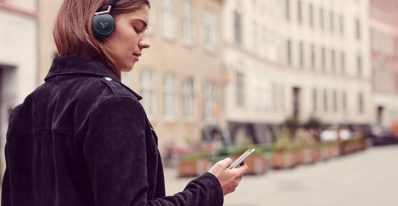 Noise-Cancelling On-Ear Headphones