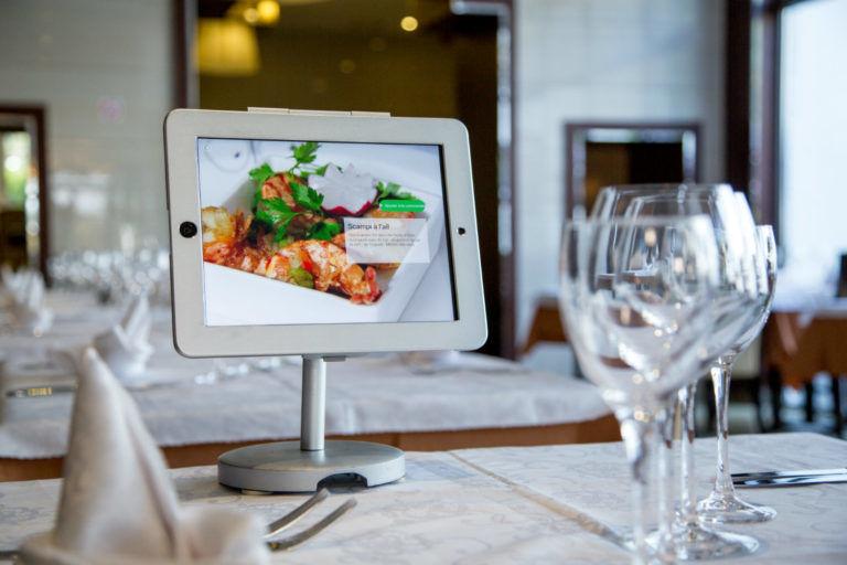 Self-Ordering Dining Tech